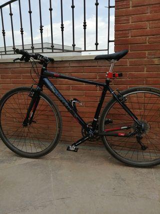 """Bicicleta 29"""" Boardman"""