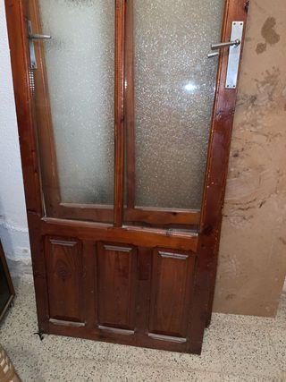 Puertas antiguas vintage de madera