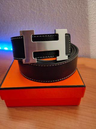 Cinturón Hermès color negro
