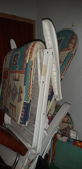 4 sillas hamacas o tumbonas