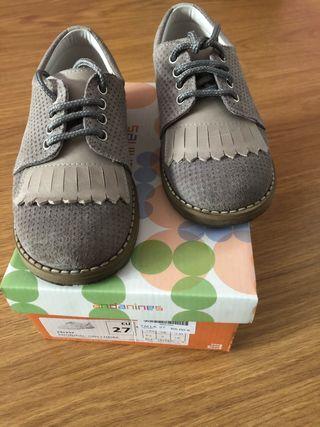 Zapatos de niños color gris andanines