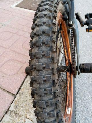 """Bicicleta Bmx MOUNTY 20"""" de campo/carretera"""