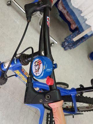 bici DECATHLON de niño