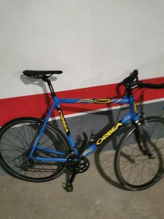 bicicleta Orbea y rodillo Elite
