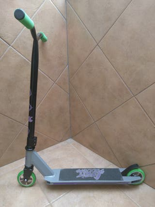 Patinete tipo scooter