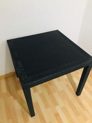 Mesa resina negra