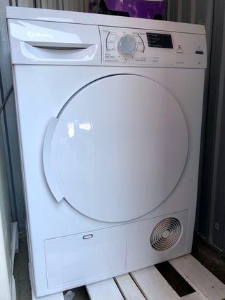 Secadora nueva Balay