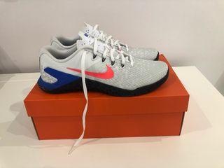 Nike Metcom 4