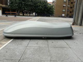 Thule, cofre, arcon, baúl de techo para coche.
