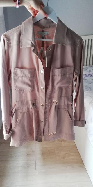 chaqueta gabardina Cortefiel