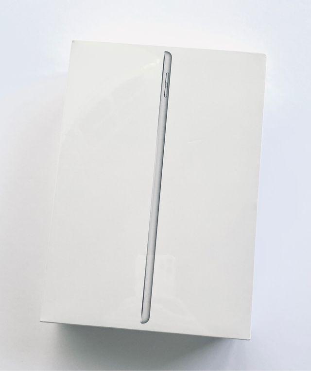 """iPad 2019 10.2"""" 32GB Silver WIFI PRECINTADO!!!"""