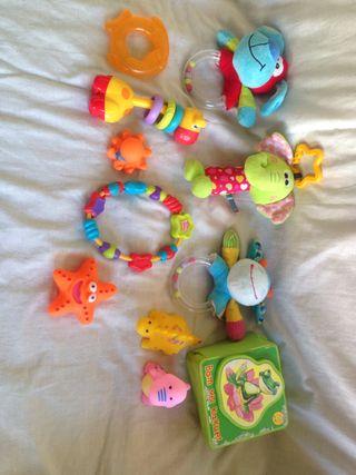 Pack de juguetes de bebe