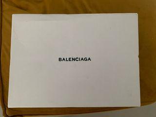 Balenciaga triple s PRECIO NEGOCIABLE , talla 37