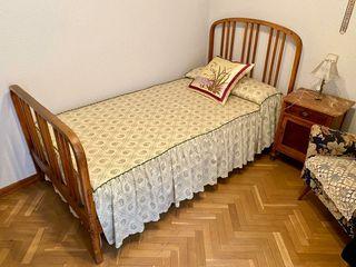 Conjunto cama + mesilla