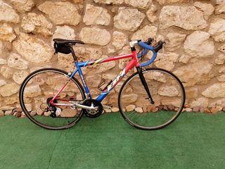 bicicleta carretera bh iseran 551