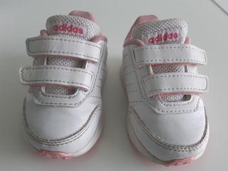 Zapatillas deportivas Adidas talla 19
