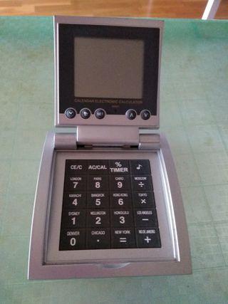 Reloj despertador digital y Calculadora.