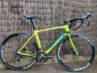 Bicicleta carretera GIANT TCR ADVANCED DISC