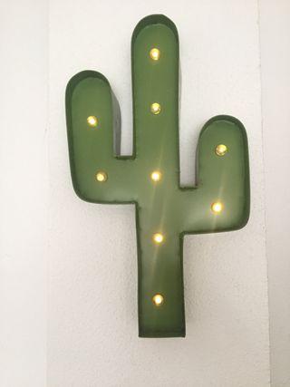 Lampara led cactus