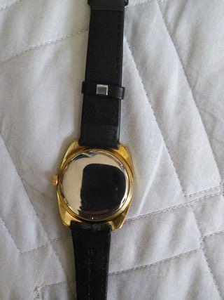 Reloj Helvetia