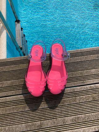 Sandalias 29 Igor para la playa