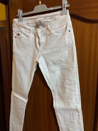 Pantalón blanco talla 40