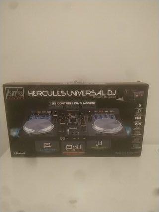 se vende mesa de mezclas (Hércules universal dj)
