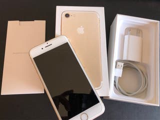 IPhone 7 gold 128 libre con caja. Impecable