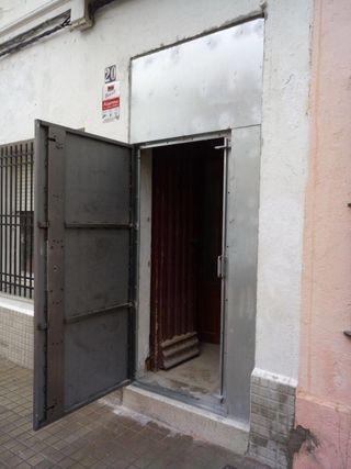 Puertas antiokupa y seguridad Metalicas