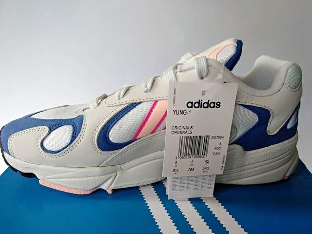 Derribar gráfico Marina  Zapatillas Adidas Hombre Nuevas con etiqueta de segunda mano por 74 € en  Las Rozas de Madrid en WALLAPOP