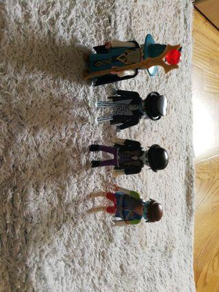 4 Playmobil