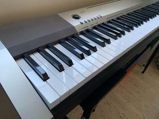 Piano Eléctrico Casio 130 CDP