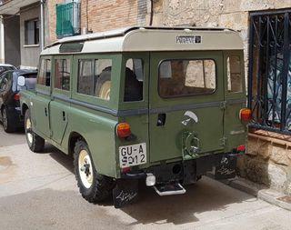 Land Rover 109 santana 1977