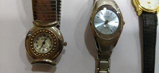 Lote de relojes restos de tienda cuatro unidades
