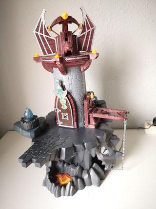 Castillo lanza llamas playmobil