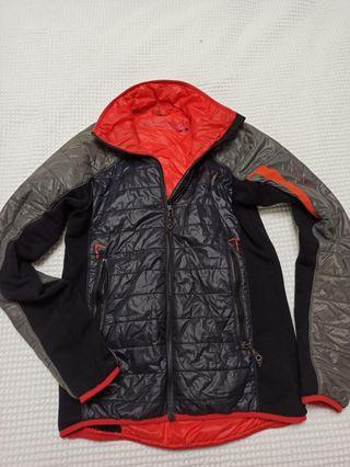 chaqueta tecnica trangoworld