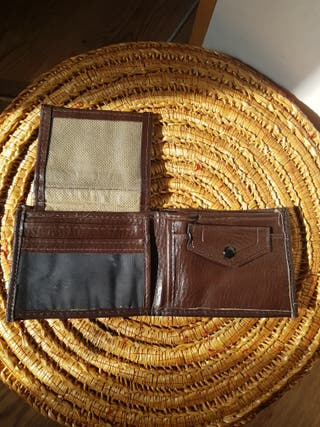 Condition : New Adidas leather wallet Two separa