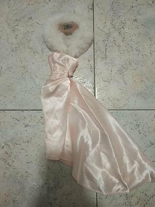 Vestido y estola Barbie Enchanted Evening