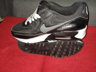 Sneakers Nike Air Max 90 essentials talla 39