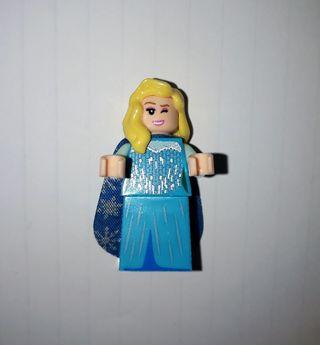 ELSA (FROZEN LEGO)