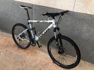Bicicleta Focus doble suspensión