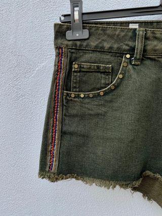 Shorts abalorios