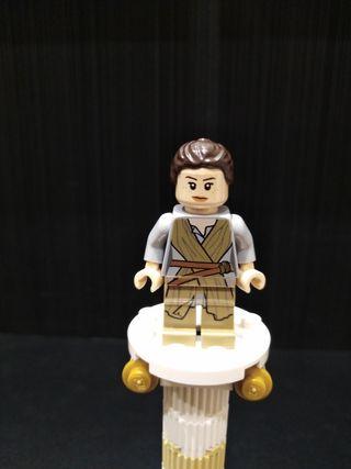 Lego Star Wars sw0677 Rey