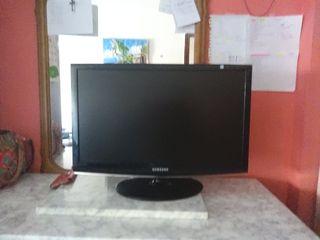 tv Samsung normal sencilla 23 pulgadas
