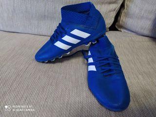 botas fútbol Adidas nemeziz niño