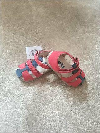 Sandalias verano bebé