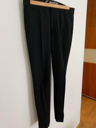 Pantalón negro vestir Zara