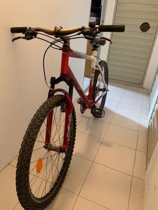 Bicicleta Rockrider 5.2 en perfecto estado