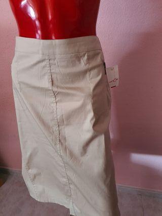 Falda de tubo beis
