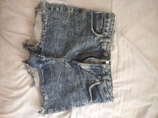 Pantalones a 7 y 8€